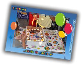 בלונים ועוגה ביום הולדת